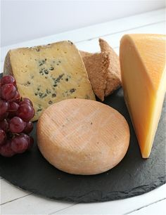 Some tips on how to create the perfect Irish farmhouse cheese board