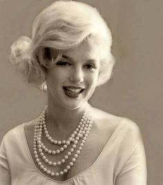 Sublime Marilyn - Sublime Marilyn
