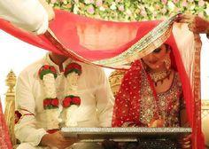 Ideas wedding couple pakistani bride groom for 2019 Christmas Wedding Guest Outfits, Orange Wedding Guest Dresses, Next Bridesmaid Dresses, Monsoon Wedding Dresses, Summer Wedding Attire, Thai Wedding Dress, Winter Wedding Outfits, Wedding Dress Prices, Formal Dresses For Weddings