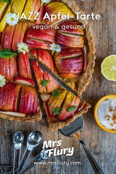 Gesunde Apfel-Tarte vegan Rezept Mrs Flury Tarte Vegan, Sweet Bakery, Comfort Food, Sausage, Healthy Recipes, Healthy Food, Veggies, Sweets, Beef