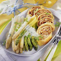 Schinken-Pfannkuchen zu Spargel    German pancakes with ham and asparagus