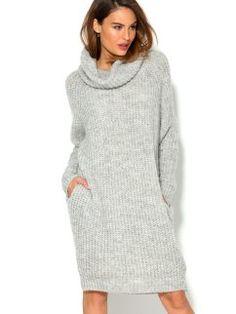 Vestido tricot manga larga con cuello vuelto y bolsillos mujer