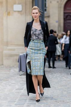 Glorious 99 Summer Workwear Outfit Ideas - What To Wear To The Office https://femaline.com/2017/07/10/99-summer-workwear-outfit-ideas-what-to-wear-to-the-office/