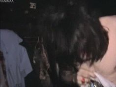 """From the thumbnail I thought this was Noel at a club... Haha. But, no, it's a costume change at a Boosh tour... :D """"I have never seen this before, why have I never seen this before, this is absolute gold."""" Absolute gold indeed..."""