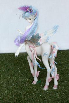 She's finished! What do you think? ^^Loongsoul Amalthea (by Damasquerade) - bjd loongsoul loongsoul amalthea centaur pegasus mydolls