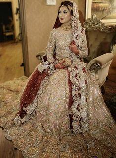 The most beautiful bridel adress with unique colour Latest Bridal Dresses, Asian Bridal Dresses, Bridal Mehndi Dresses, Asian Wedding Dress, Pakistani Wedding Outfits, Indian Bridal Outfits, Bridal Dress Design, Wedding Dresses For Girls, Pakistani Wedding Dresses