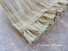 Il country e il mare: PORTA MOLLETTE CON TUTORIAL Napkins, Tutorial, Tejidos, Scrappy Quilts, Feltro, Bread Baskets, Hampers, Embroidery, Bags