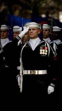 Navy Day, Us Navy, Marine News, Honor Courage Commitment, Navy Rates, Honor Guard, Navy Anchor, Military Insignia, Navy Marine