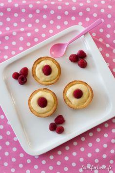 Photo Tartelettes aux Amandes, Gelée de Framboises et Crème Pâtissière Ultra Vanillée [Concours Inside]