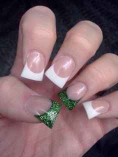 St. patricks day nails.