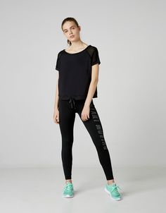 6a8d2100a Basic sport top with pockets. Discover this and many more items in Bershka  with new