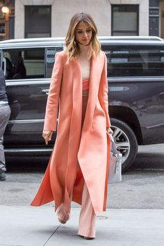 Fashion Inspiration | Street Style ::: Spring Things : Jessica Alba in Shades of Sorbet