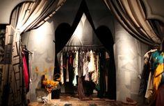 Google Image Result for http://www.fodors.com/wire/Paris-Shopping-Ra-Boutique.jpg