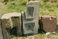 Puma-puncu.jpg (530×358)he mysteries of these ruins are how  they were carved and how they were brought to the top of a plateau. The blocks that created the ruins of Puma Punku were made from very hard rocks of granite and diorite, which are both nearly impossible to cut with anything besides diamond, yet there is no trace of  diamonds near the site.