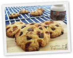 Cookies aux pépites de caramel au beurre salé et sirop d'érable http://www.recettes-bretonnes.fr/gateaux-bretons/cookies-caramel-beurre-sale-erable.html
