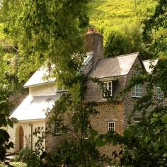 Yearnor Mill, originally part of the Ashley Combe Estate, where Mary, Countess Lovelace's alterations to her estate cottages were inspired by her friend, the architect CFA Voysey.