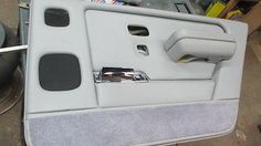1997 Rolls Royce Silver Spur RR Door Trim Panel w/ Ash Tray & Arm Rest Lighter