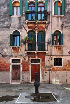 Venice http://arcreactions.com/important-seo-content-quality/