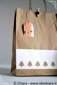 Confezioni regalo natalizie con materiale di recupero (e non solo).