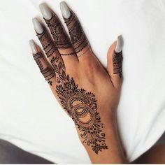 Arabic Henna, Henna Mehndi, Henna Art, Mehendi, Wedding Henna Designs, Mehandi Designs, Traditional Tattoo Flash, Neo Traditional, American Traditional