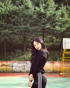 """13.9k Likes, 93 Comments - 우한경 (@han_kyung__) on Instagram: """"♀️♀️♀️"""""""