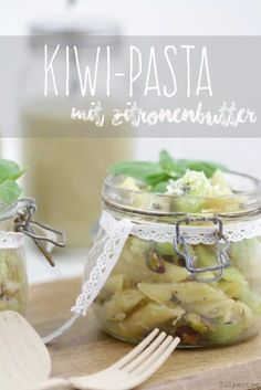 Schneller Nudelsalat als Grillbeilage oder als Büroessen. Vegetarisch und schnell gemacht. Kiwi, Savory Salads, Easy Peasy, Food Art, Potato Salad, Good Food, Brunch, Tasty, Favorite Recipes