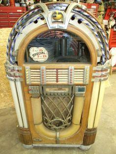 "1947 Wurlitzer 1015 ""Bubbler"" Jukebox,  in need of restoration but a gem nonetheless."
