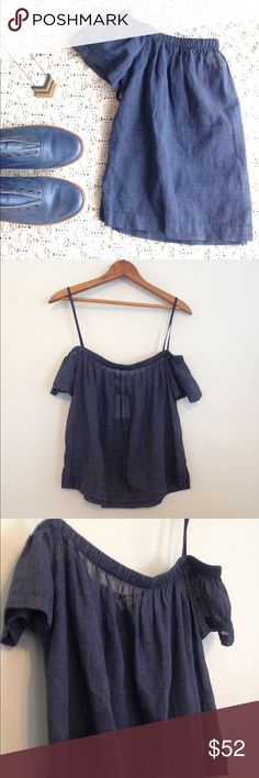 NWT Cloth and Stone off the shoulder crop top The beach calls and with it this adorable navy check crop top from Cloth and Stone by Anthropologie! An off the shoulder, peasant style top, size small. New with tags! Anthropologie Tops Crop Tops