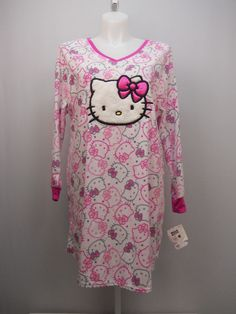 PLUS SIZE 2X 3X Womens Fleece Sleep Shirt HELLO KITTY Long Sleeves V-Neck Pullov #HelloKitty #Sleepshirt #Everyday