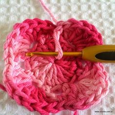 Flor roseta passo a passo - www.croche.com (22)