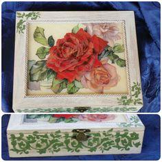 Portagioie in legno   rose rosse  :-)