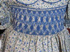 Tamaño 4 azul y crema tan vestido smocked por SmockingByGinaBug