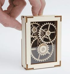 Laser Cut Display Gears : 16 Steps (with Pictures) - Instructables Laser Cutter Ideas, Laser Cutter Projects, Cnc Projects, Laser Cnc, Project Free, Project 100, Modelos 3d, Kinetic Art, Ex Machina