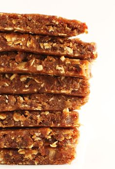 3 Ingredient Peanut Butter Granola Bars (dates, pb, oats)