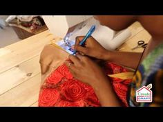 Chinelo Fitting an Invisible Zip - YouTube