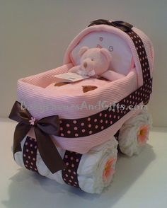Neutral Baby Carriage Diaper Cake http://babyfavorsandgifts.com/neutral-baby-carriage-diaper-cake-p-273.html