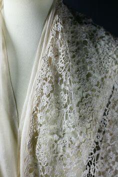 beautiful Carrickmacross lace
