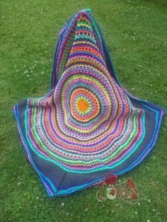The fun in the Sun afghan crochet pattern has some great options!  Keep it round for something unique, or work the afghan to small or large size circles and add a border to square it off.  This design is fun in a few colors or a great way to use up all that left over yarn from other projects.