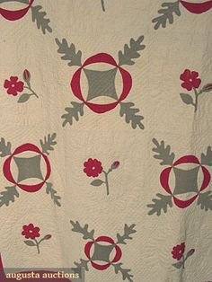 Rose and Oak Leaf Applique Quilt, c. Old Quilts, Antique Quilts, Vintage Quilts, Green Quilt, Country Decor, Country Living, Clothing And Textile, Red Green, Applique