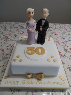 50th Golden Wedding Anniversary Cake #cavendishcakes