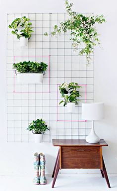 Stunning Vertical Garden for Wall Decor Ideas Do you have a blank wall? do you want to decorate it? the best way to that is to create a vertical garden wall inside your home. A vertical garden wall, also called… Continue Reading → Diy Wand, Diy Wall Planter, Hanging Planters, Garden Planters, Planter Ideas, Wall Planters, Succulent Planters, Succulents Garden, Herb Garden