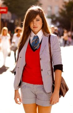 Casual but Preppy cute tie outfit. Preppy Girl, Preppy Look, Preppy Grunge, Prep Style, My Style, Hair Style, Women Wearing Ties, Preppy Outfits, Preppy Fashion