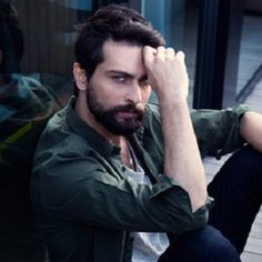 Learn about Onur Tuna Fun Trivia Facts, Turkish Beauty, Turkish Actors, Dream Guy, Family Life, Cute Guys, Gorgeous Men, Tuna, Style Inspiration