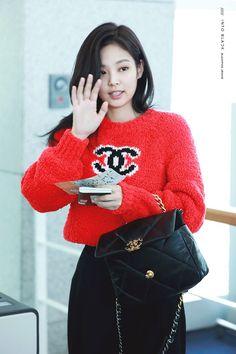 Blackpink Fashion, Daily Fashion, Korean Fashion, Paris Fashion, Yg Entertainment, South Korean Girls, Korean Girl Groups, Rapper, Jennie Kim Blackpink