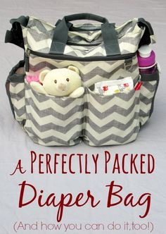 A Perfectly Packed Diaper Bag (plus tips for organizing your own diaper bag and a free printable checklist) Keep all that baby stuff organized. This is a cute diaper bag for holding all the essentials for a baby. Couches, Baby Boys, Carters Baby, Baby Supplies, Diaper Bag Backpack, Baby Diaper Bags, Baby Makes, Little Doll, Hospital Bag