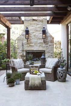 The Happiness of Having Yard Patios – Outdoor Patio Decor Outdoor Decor, French Country House, Traditional House, French Country Decorating Living Room, Outdoor Space, Outside Living, Outdoor Living, Outdoor Fireplace, Outdoor Design