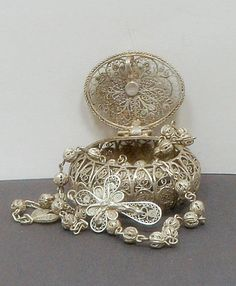 Vintage 900 Silver Filigree Rosary 800 Silver Box Italy  $150.00