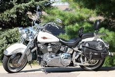 Use Motorcycles pictures for free and without restrictions. Motorcycle Images, Motorcycle Tires, Bike Magazine, Used Motorcycles, Best Tyres, Bike Rider, Car Audio, Fast Cars, Products