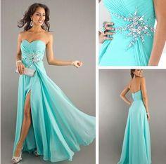 Turquoise long bridesmaid dress | Weddinginspirationsme