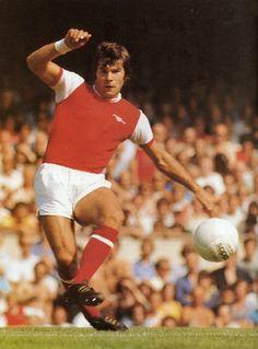 Malcolm MacDonald of Arsenal in Malcolm Macdonald, Arsenal Players, Big Men, Soccer, Football, Running, Division, 1970s, Sports
